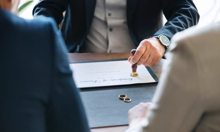 The Importance of Enlisting the Help of a Commercial Lawyer When Starting Up a New Business